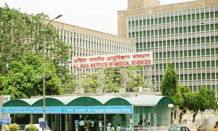 shocking aiims staff is treating people with expired needles