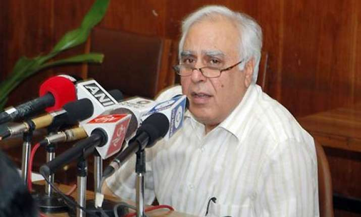 sibal dismisses allegations of favouring pvt firm as