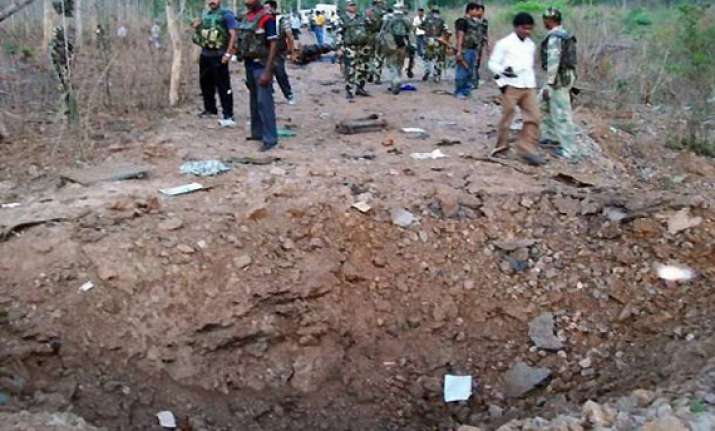 six cops villager killed in bihar landmine blast