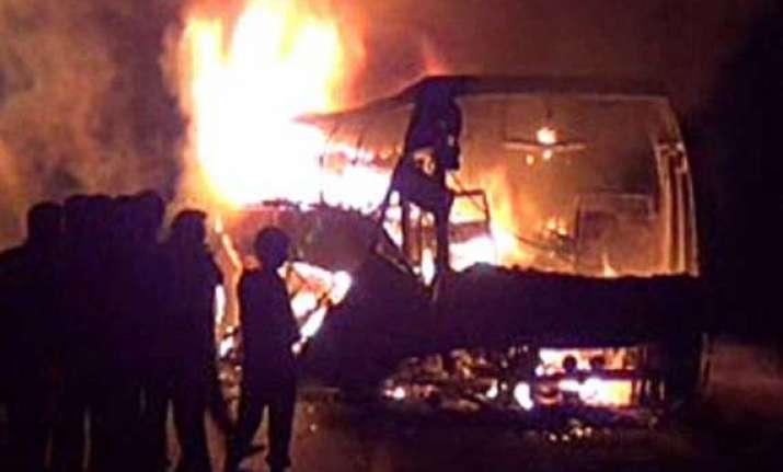 six people perish in karnataka bus fire 5 critical