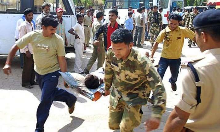 six policemen killed in maoist attack in chhattisgarh