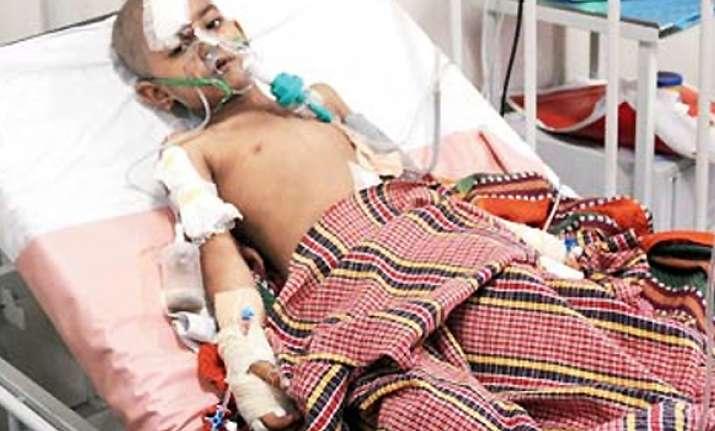 six year old mumbai girl dragged up five floors in elevator
