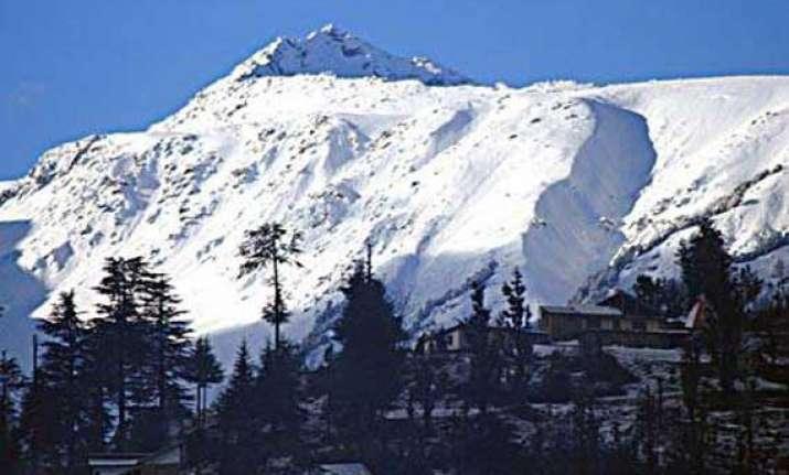 snowfall in bhaderwah hills in j k