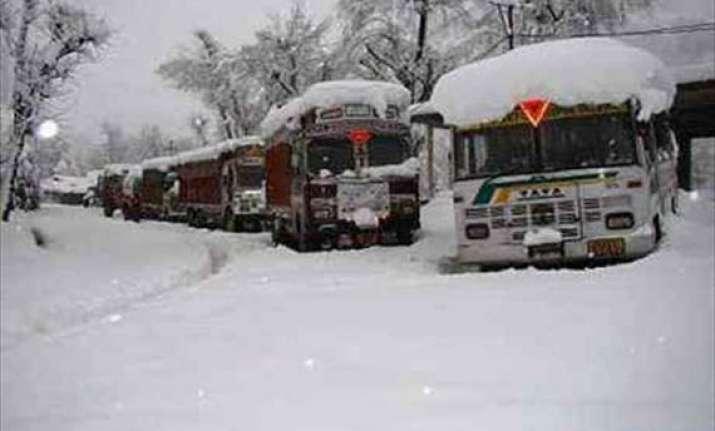 snowfall shuts j k highway again