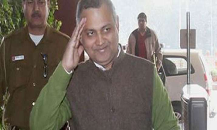 somnath bharti allegedly assaulted by bjp workers