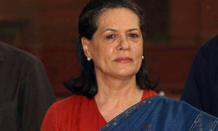 sonia gandhi returns after check up abroad