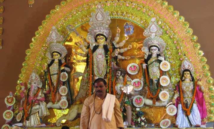 spirited mahanavmi celebrations in west bengal