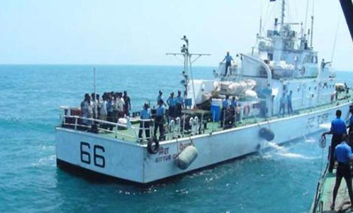 sri lanka navy arrests 75 fishermen from tamil nadu