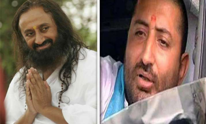 sri sri ravi shankar appeals to narayan sai to surrender