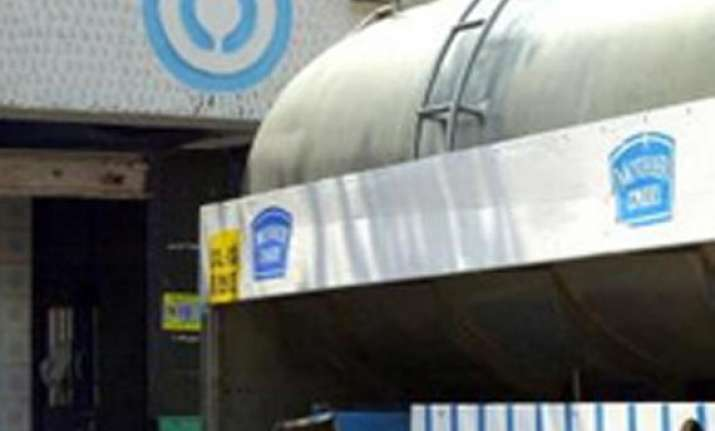 steep hike in mother dairy milk prices