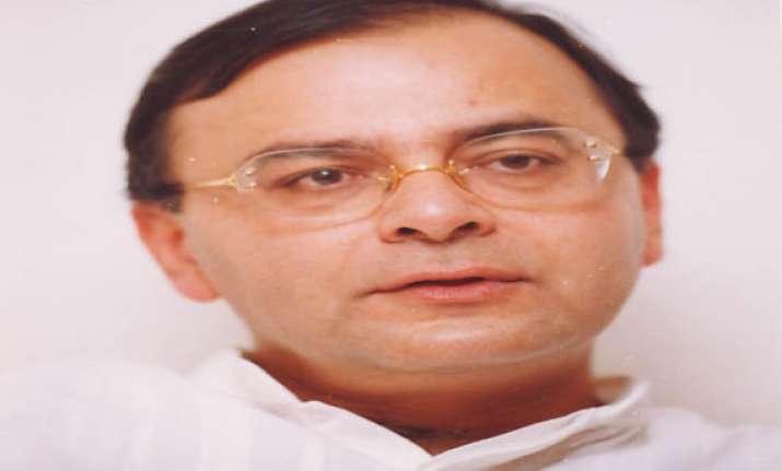 stop personal attacks on modi jaitley on priyanka s remarks