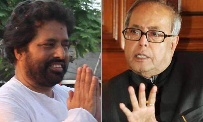 sudip consults pranab on trivedi issue