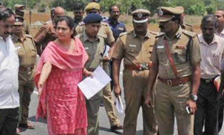 supreme court restrains archana ramasundaram from