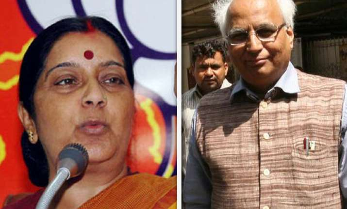 sushma swaraj meets ex party mps kulkarni in tihar jail