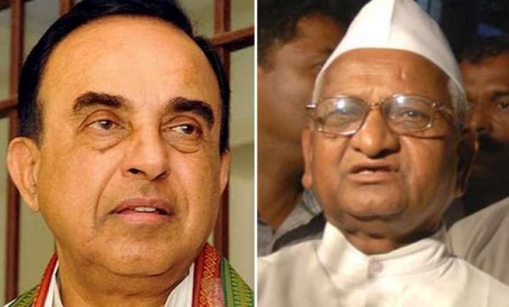 swamy ready to join hands with anna but says his team