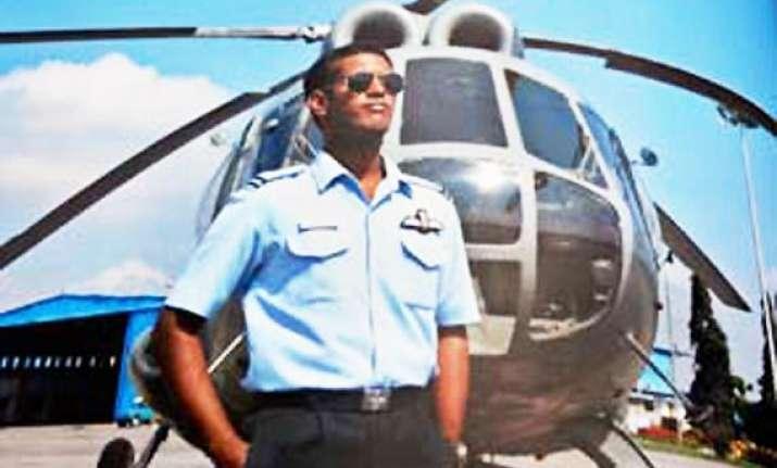 tn cm announces rs 10 lakh for flight lt praveen s family