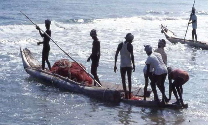 37 tn fishermen set free by lankan court