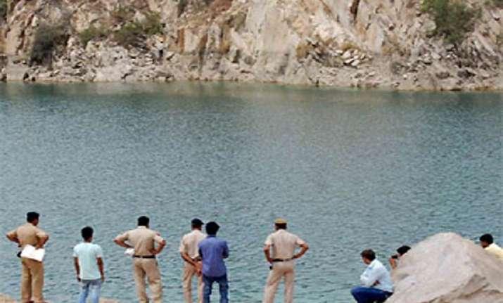 tv journalist drowns in lake in surajkund