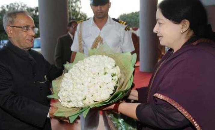 tamil nadu cm jayalalithaa meets president
