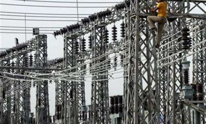 tata power adds 85 000 low end consumers in mumbai