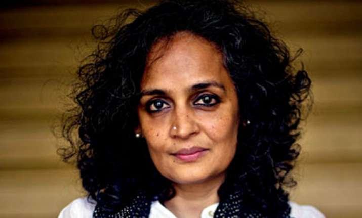 team anna advocating un gandhian law says arundhati roy