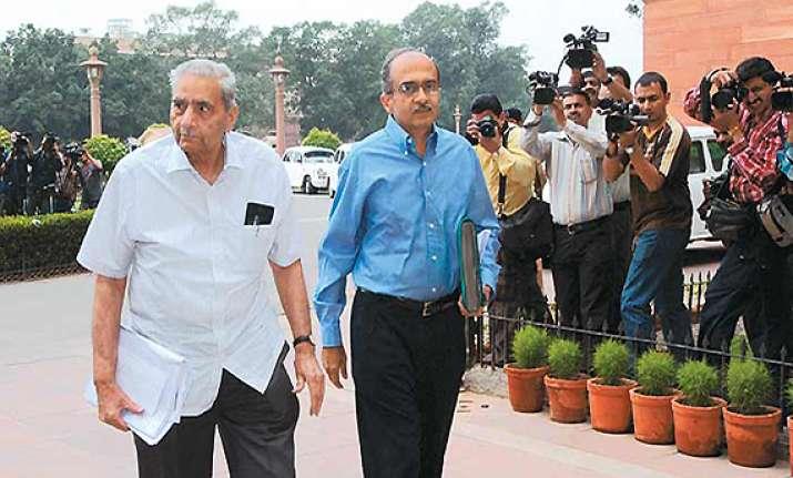 team anna blames ansari for lokpal fiasco in rajya sabha