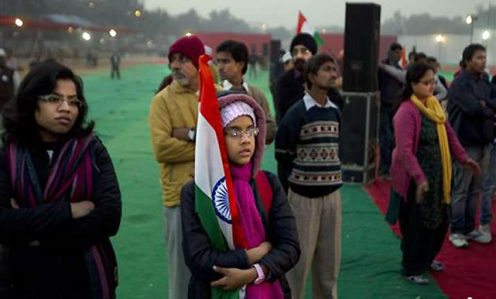team anna protest in delhi fizzles out