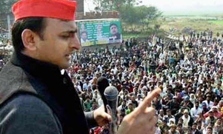 tech savvy akhilesh yadav captures up s young urban voters