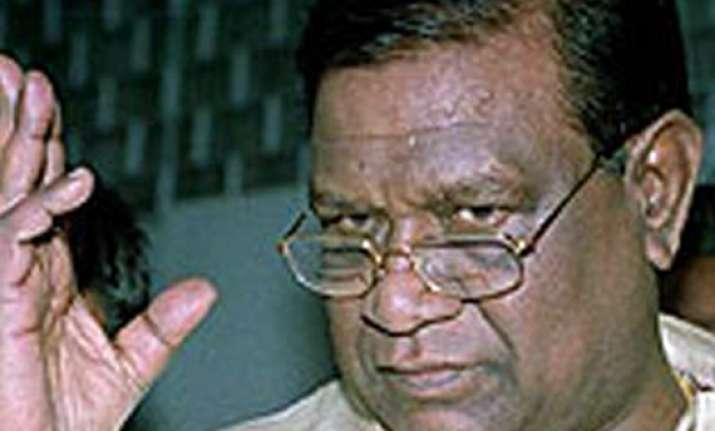 tehelka sc refuses to quash proceeding against bangaru