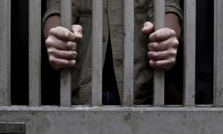 tehsildar office staffer gets one year jail for taking bribe