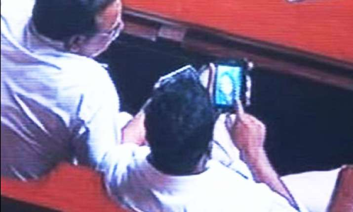 ten more karnataka mlas watched porn in assembly says panel