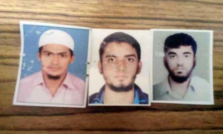 thane businessmen incited men suspected to have joined isis