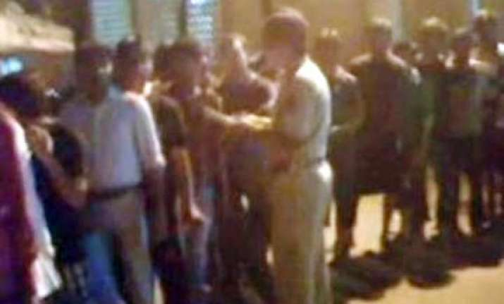 thane police rounds up 80 muslims in search of two baloch