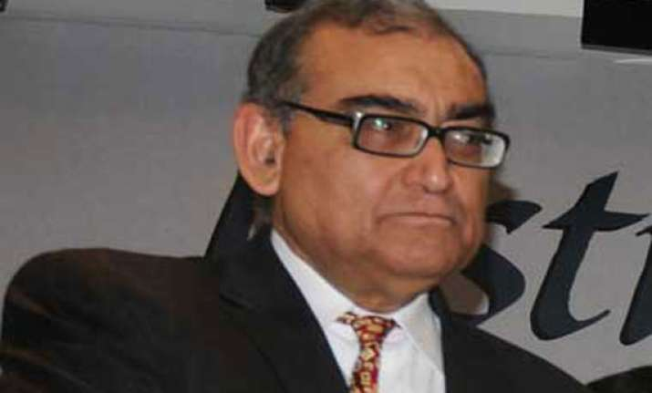 there should be a regulatory body for journalists says katju