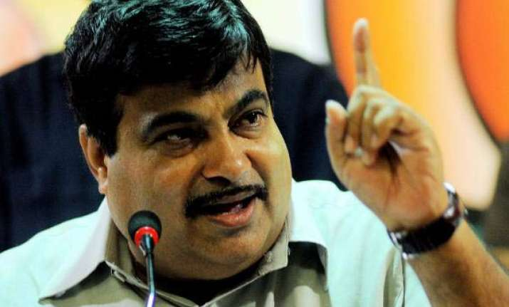 this is not an individual s fight says nitin gadkari