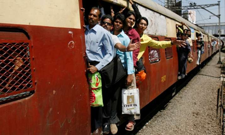 three crushed to death by mumbai local train