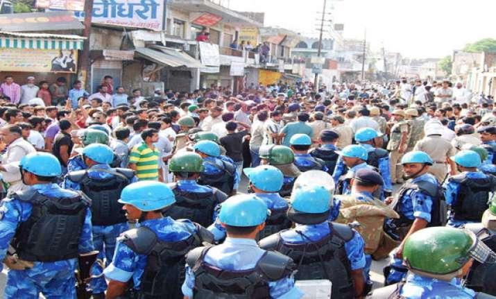 three killed in muzaffarangar clashes