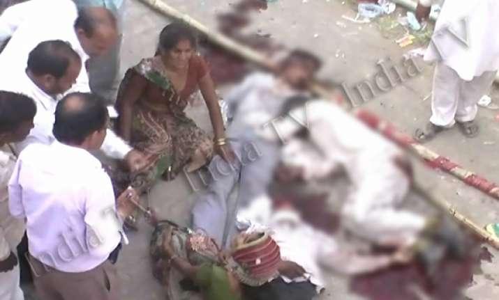 three killed in police firing in etawah