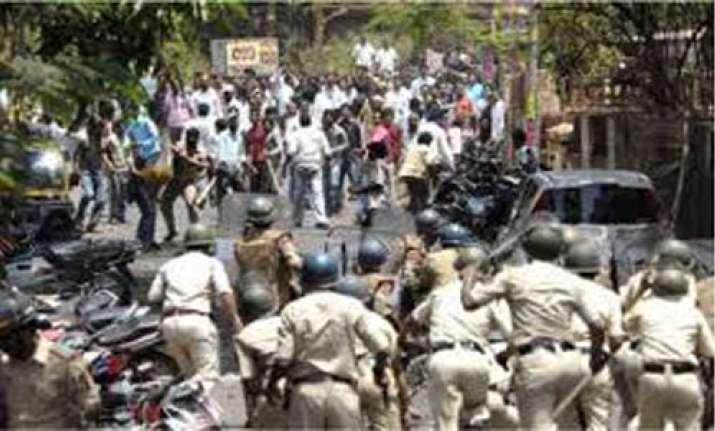 three killed in bihar police firing
