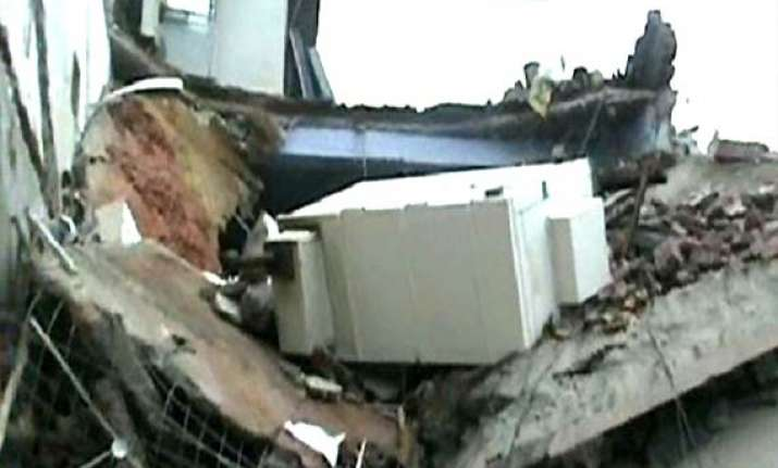 three killed in faridabad building collapse