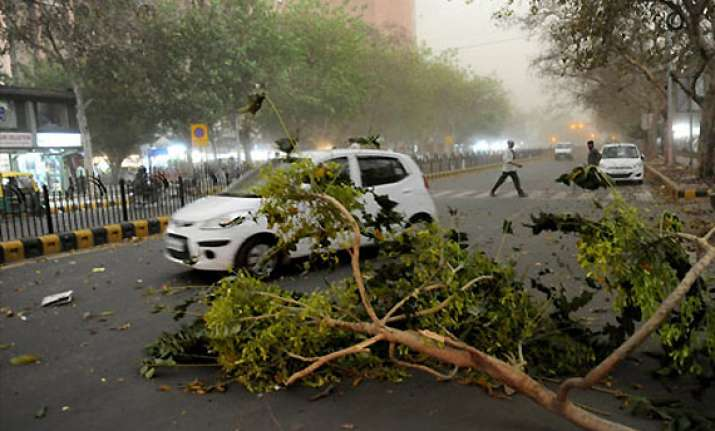 thunderstorm lashes chandigarh cools temperature