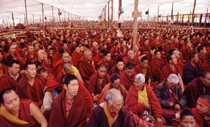 tibetans head to leh to participate in kalachakra