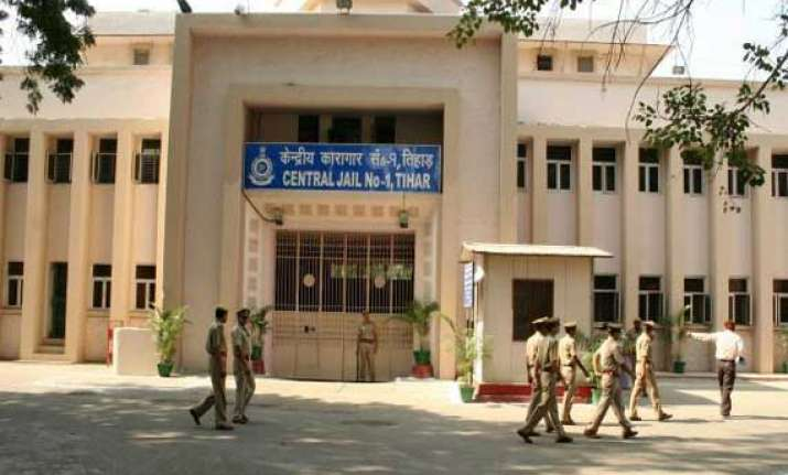 tihar jail sets up restaurant inmates to cook and serve food