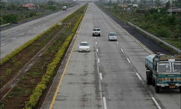 toll fee goa to give concession to vehicles from its