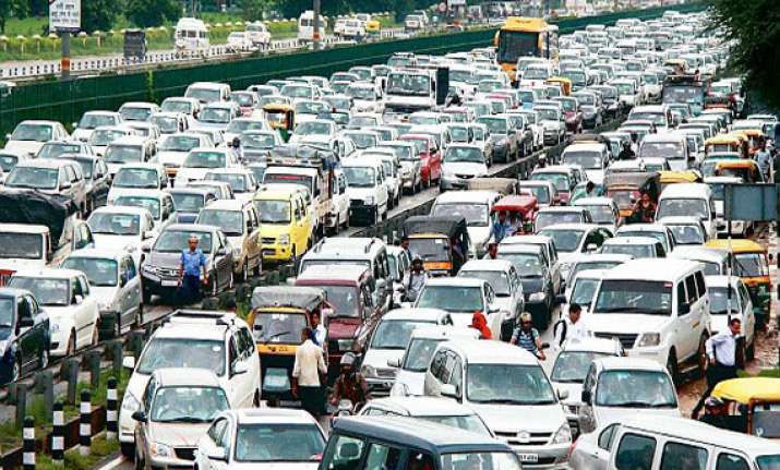 traffic nightmare on delhi gurgaon expressway to be over
