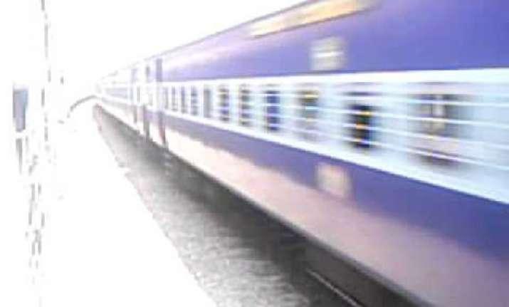 train derails in maharashtra 2 injured