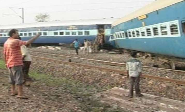 25 trains diverted 5 trains cancelled after kalka mail