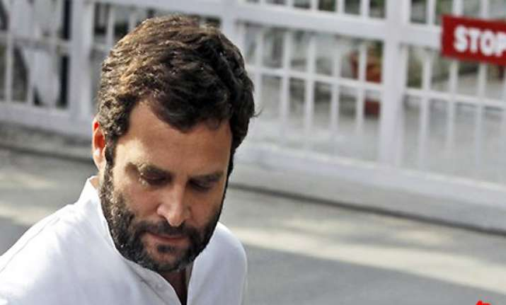twitter agog as rahul gandhi fails in up
