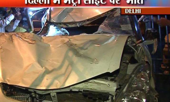 two dead as swift car rams into delhi metro crane