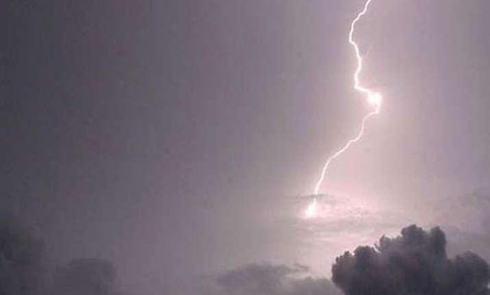 two dead in lightning in uttar pradesh